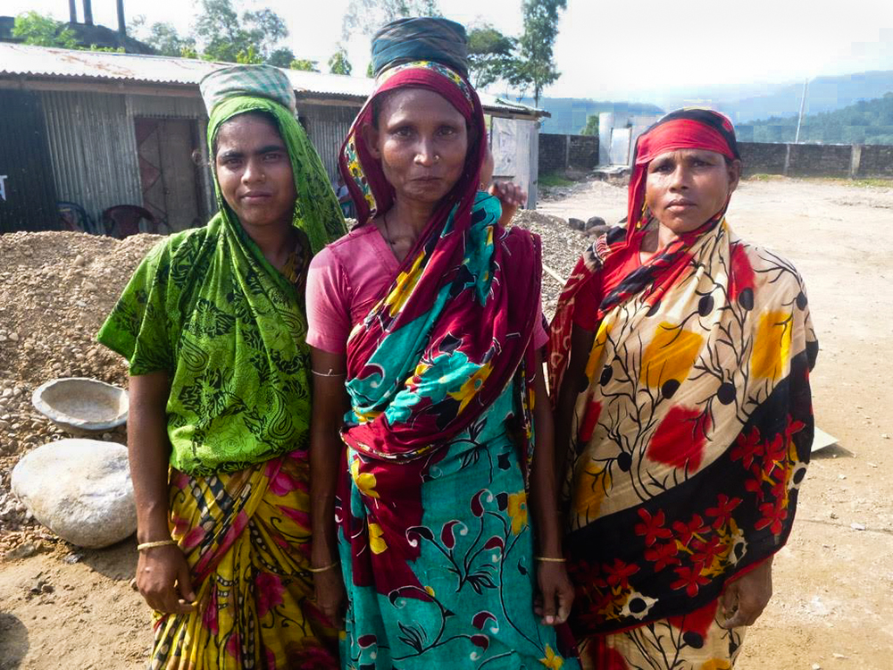 Bangladeshi ladies in colorful saries.