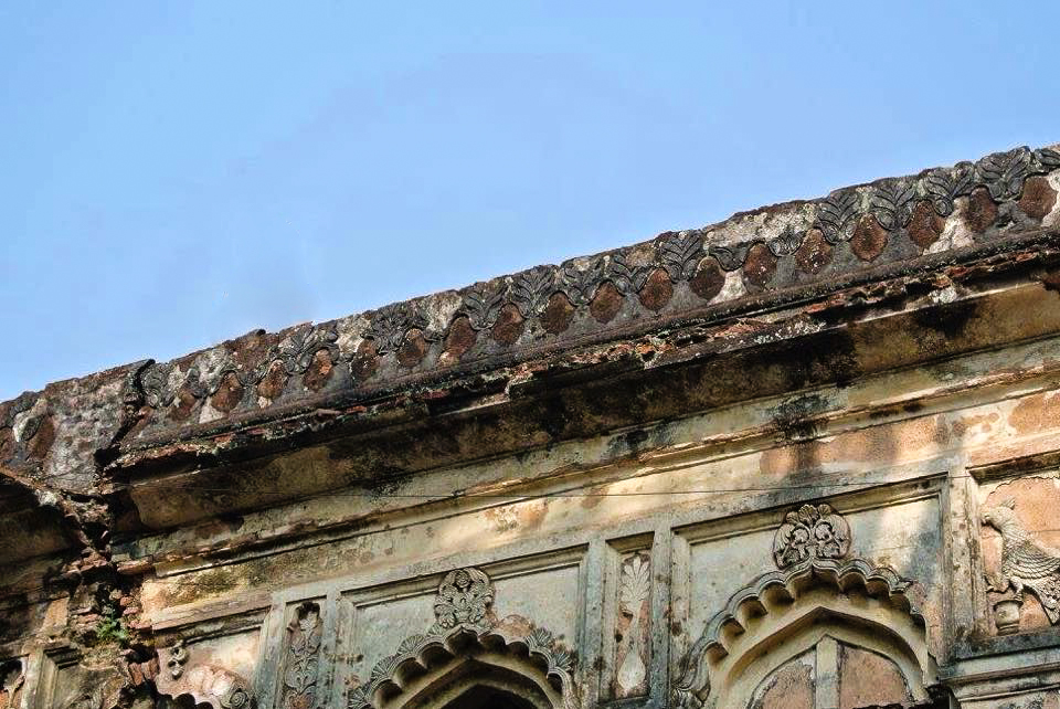 Decoration on a building at the abandoned city Panam Nagar at Sonargaon in Bangladesh.